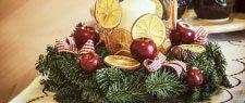 restaurant holiday decoration